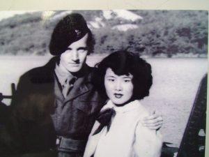 ピーターさんと浅山さんの若い頃の写真